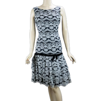 1950s Black and White Lace Low Waist Party Dress  B36 W27