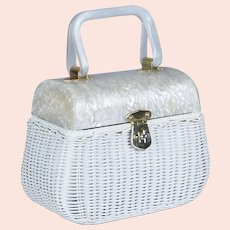 50s - 60s Walborg White Wicker Box Purse with Marbled Lucite Top