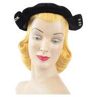 Vintage 1940s Black Velvet Beret Hat Winged with Side Rhinestones Sz 21