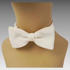 Vintage 1940s Bowtie Ivory Twill Adjustable Wedding Bow Tie