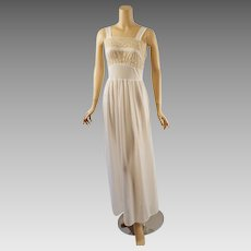 Vintage 1950s White Lace and Nylon Nightgown with Metal Zipper B38