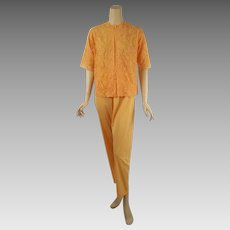 Vintage 1960s Butterscotch Lace Pajamas by Vanity Fair Sz 32