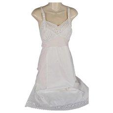 Vintage 1950s Slip White Cotton Eyelet NOS Stoneswear SZ 32 B34 W30