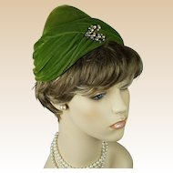 Vintage 1960s Hat Forrest Green Velour Draped Pixie Style with Aurora Borealis Rhinestone Brooch Sz 21 1/2