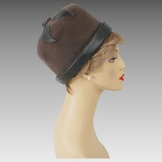 Vintage Hat Grey Felt and Vinyl Cloche Sz 22
