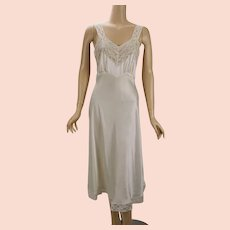 7f62bdc6aee Vintage 1940s Nightgown Ivory Silk Charmeuse and Lace Fischer Heavenly  Lingerie B36 W32