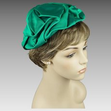 Vintage 1960s Hat Kelly Green Twill Fabric Toque by Trebor