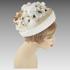 Vintage Hat Ivory Flowered Cuffed Cloche Sz 22