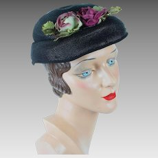 1950s Vintage Hat Black Straw Oval with Flowers by Belaire of CA Sz 20 1/2