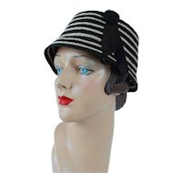 1950s Vintage Knitted Hat Brown and White Cloche Sz 21