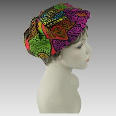 1970s Vintage Hat Multi-Colored Abstract Pattern Beret by Reggi Sz 21 - 22