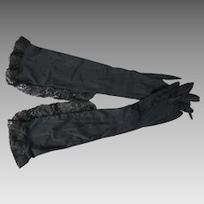 1950s Vintage Gloves Black Nylon Lace Ruffled Long Van Raalte Sz 7