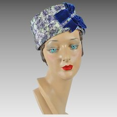 1960s Vintage Hat Lilac Abstract Patterned Pillbox with Navy Velvet Bows Sz 21 1/2