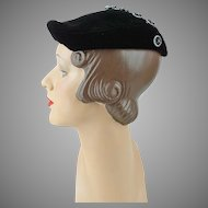 1940s Vintage Hat Black Velvet Beret with V in Rhinestone Buttons Leslie James Sz 20
