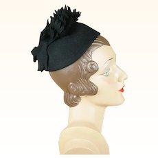 1940s Vintage Chignon Hat Black Felt Petal Open Crown