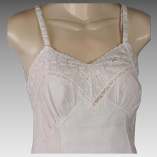 1950s Vintage NWT Slip White Cotton Eyelet Lace New Old Stock SZ 32 B32 W32