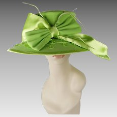 Vintage Wide Brim Church Lady Hat Lime Green Velour and Satin Fifth Sunday Sz 22 1/2