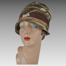 1920s Vintage Cloche Brown Velvet and Bronze Hat NOS Sz 21 1/2