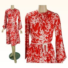 1970s Vintage Dress Bright Red and White with Balloon Sleeves and Pockets B34 W26