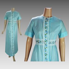 1970s Vintage Robe Blue Dotted Swiss Long Lounging Robe | Smart Time | Sz 10