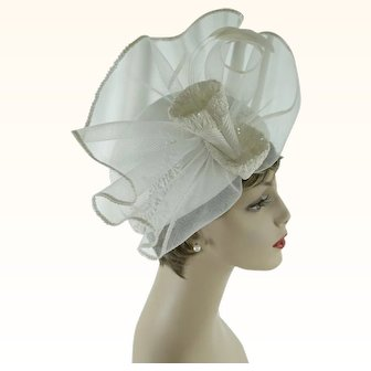 Vintage Hat Church Lady White Polypropylene | Wedding Hat | Sz 22