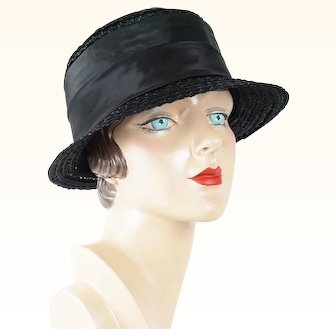 Vintage Hat Black Straw Short Brim Cloche Sz 21.5