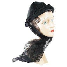 1930s Vintage Hat Evelyn Varon Black Pixie with Lace Sash Sz 21 1/2
