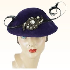 1950s Vintage Hat Purple Velour Feathered Beret 21.5