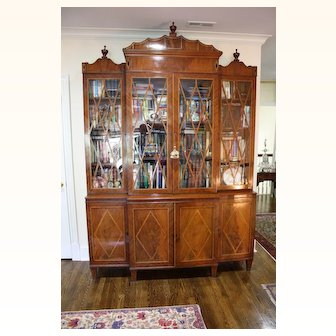 George lll  Scottish mahogany breakfront bookcase
