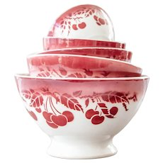 Rare find - 1940s French Nesting Cafe au Lait Bowls - Set of 5 - Luneville - Cheerful Burgundy Cherries Pattern