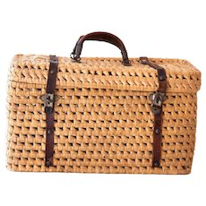 Early 1900s French Wicker / Raffia and Leather Handwoven Basket / Purse - Medium Size - Provence / Country