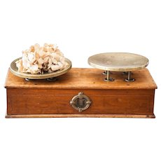 Early 1900s French Family Scale - Napoleon III Scale - Wooden and Copper - 5 Kilos Strength - Country Chic Kitchen