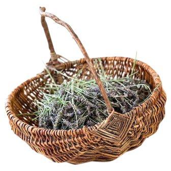 Vintage Willow Basket - Fruit Gathering, Mushroom Picking or Picnic Basket - French Cottage Decor