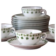 Early 1900s Bavaria Porcelain Tea Set - 4 Tea Cups with Saucer and 8 Dessert Plates - Clover Pattern - Jaeger & Co - Ovid