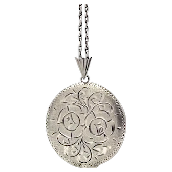 Large Vintage Sterling Silver Locket Necklace