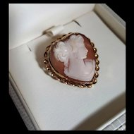 Sweet 12K GF Heart Shell Cameo Brooch Pendant