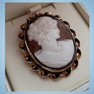 Beautiful Mid Century  HG 12K GF Shell Cameo Brooch Pendant