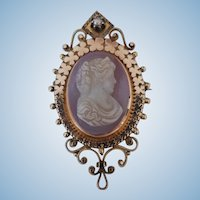 Art Nouveau 10K Rose Gold Banded Agate Stone Cameo Brooch - 8.0 grams