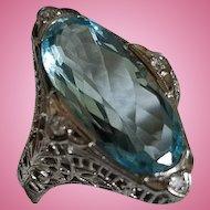 Elegant Art Deco 18K White Gold Aquamarine & Diamond Ring