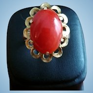 Elegant 16K Gold Red Coral Cabochon Ring - 7-3/4