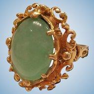 14K Yellow Gold Jade Cabochon Ring - 8.3 grams