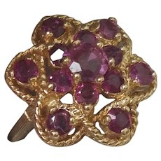Gorgeous 14K Yellow Gold Natural Ruby Ring  5.2 grams