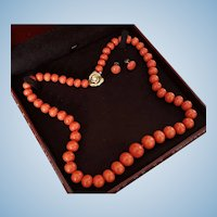 Grand 14K Natural Red Coral 9.5-16.5mm Bead Necklace & Earring Suite 124 grams
