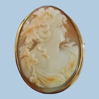 Gorgeous 10K Yellow Gold Bacchante Shell Cameo Brooch Pendant - 17 grams