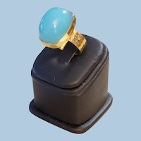 Divine 18K Yellow Gold Turquoise Blue Chalcedony Cabochon Ring - 16.6 grams