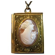 "1940's Book of Love 12K Gold Fill Shell Cameo Locket & 18"" Chain"