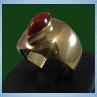 18K Gold Oxblood Red Coral Cabochon Ring Cigar Band sz 7