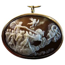 Vintage 10K Gold Aurora Goddess of the Dawn Scene Shell Cameo Brooch Pendant