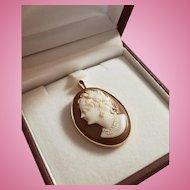 12ct Gold Sardonyx Hardstone Spanish Queen Cameo Pendant