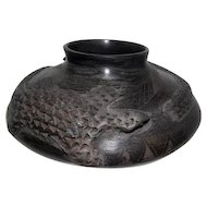 Casas Grandes - Black Indian Vase - Signed Maria Ortega